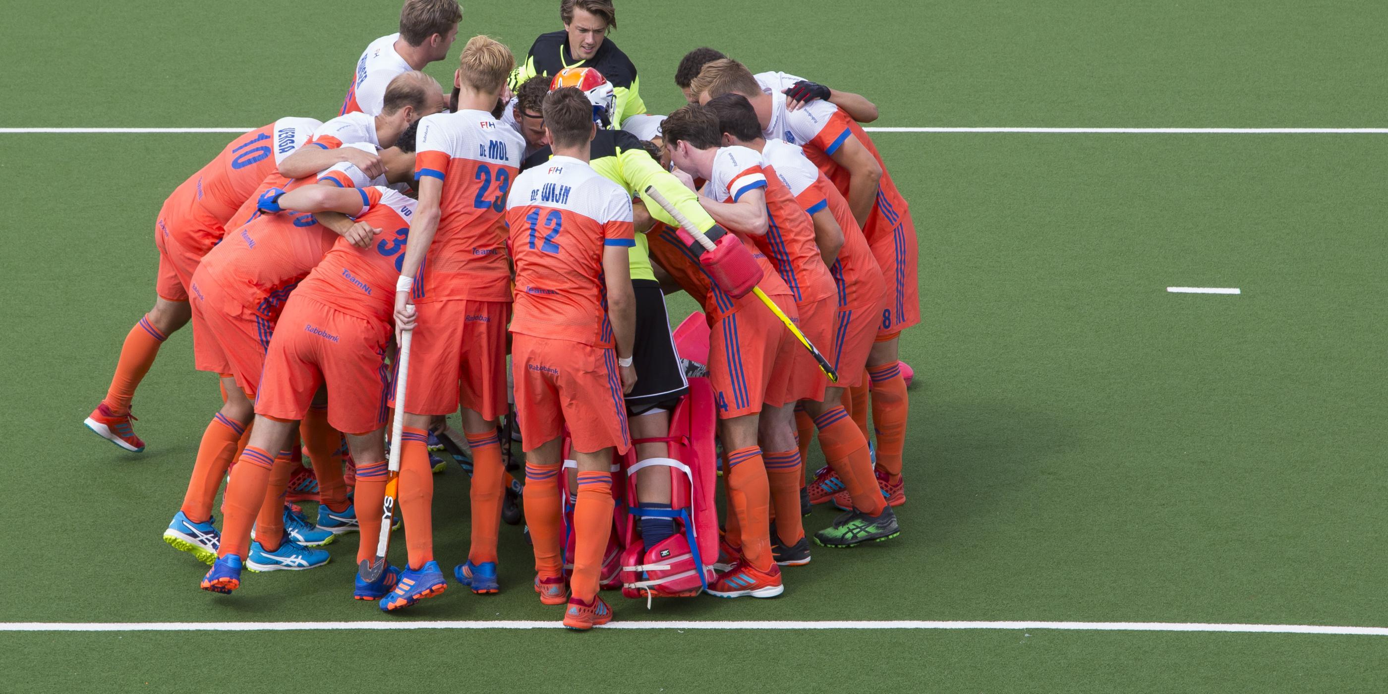 Caldas maakt selectie thuiswedstrijd Nederland-Duitsland bekend