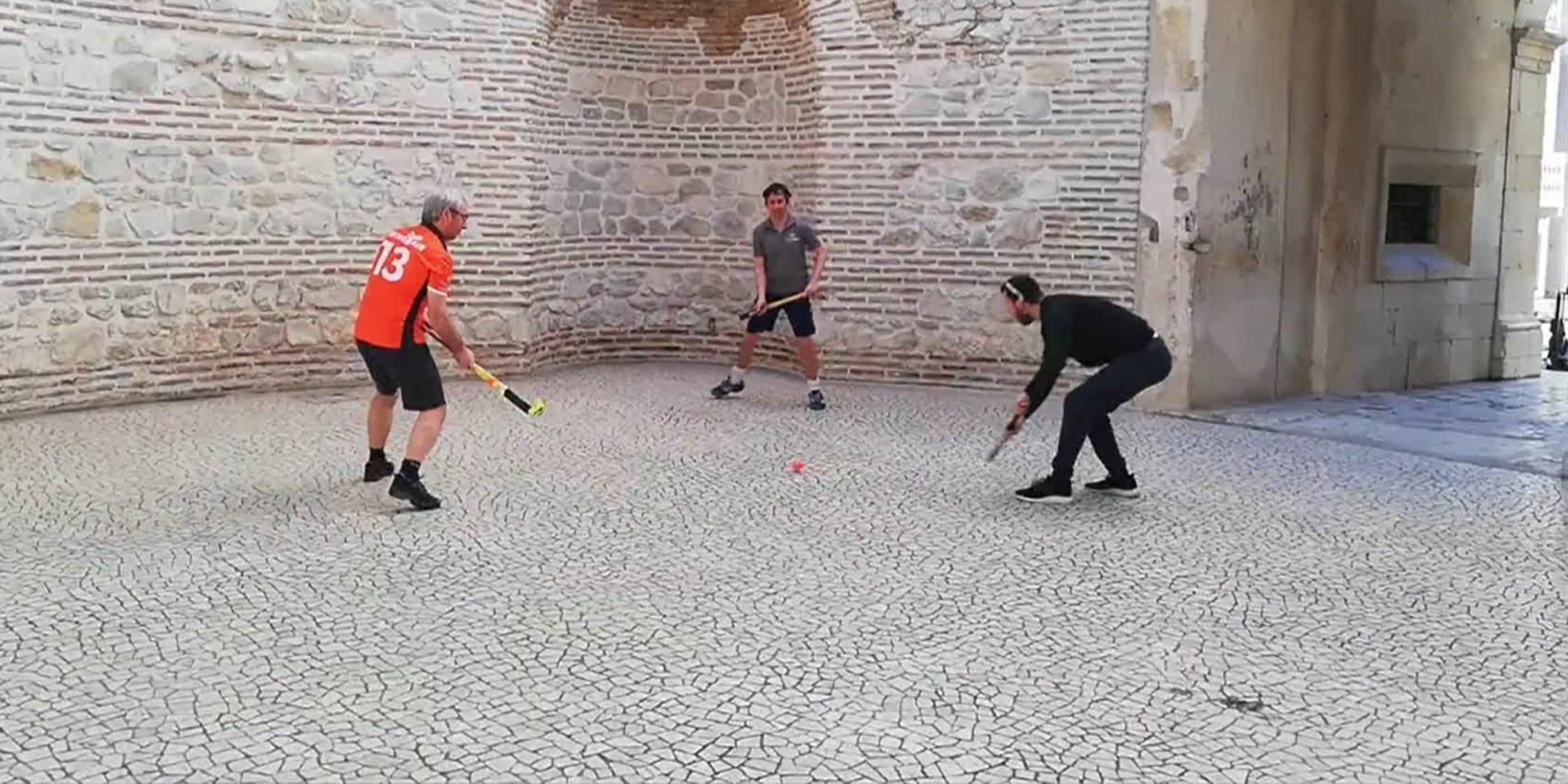 Werk samen met een buitenlandse hockeyvereniging